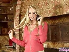 Kiedy grają dziewczyny - Brett Rossi Emily Addison - Call Girl