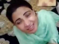 Desi paki Bhabhi bj devar dirty Schwanz lutschen anal gefangen mms