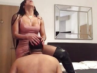 Latex Shemale Shemale Fucks Guy Shemale Hd Videos vid: Big Cock and Ass TS Tops Clients