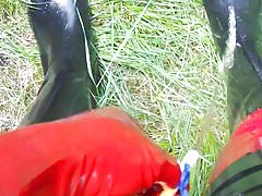 rubber ridingboots golden shower