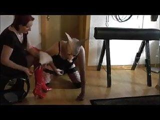 Handjobs Bdsm Femdom video: Lady Britt das Wichsschweinchen