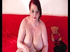 Cornea Granny Lucille sul web