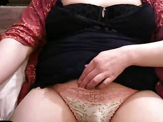Lingerie Shemale Solo Shemale Shemale Sissy Shemale video: Sissy Samantha rubs her clit on skype