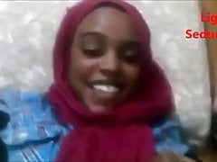 Ligar Seduction - Muslimisches Mädchen, das einen guten Schwanz bekommt
