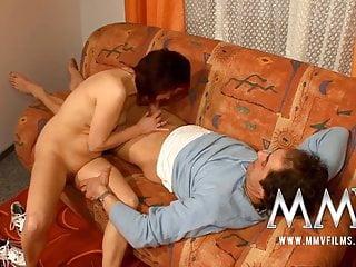 mmv電影德國成熟的妻子在電影上性交