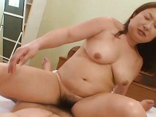 日本成熟女牛仔
