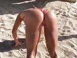Sexy. Thong. Bikini. Gostosa. Rabao