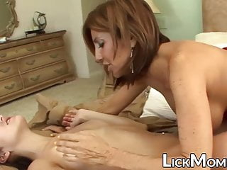 Big Tits Milf Lesbian video: Busty MILF turn stepdaughter into dyke with pussylicking