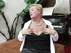 Old grandma plays her own kind of music
