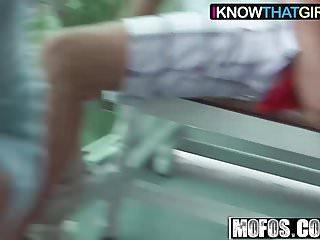 Cumshots Amateur Handjobs video: Mia Scarlett - Hot Babe Fucks on the Balcony - I Know That G