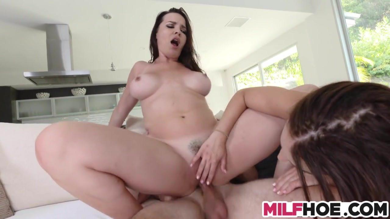 Порно видео молоденькие мокрые трусики