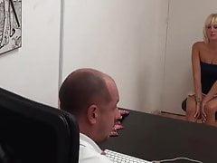 Estefani Tarrago Amministrativo morboso