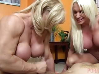 Sex Big Tits Threesome video: Naked Female Bodybuilders Sex Up Lucky Dude