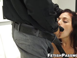 Gorgeous Gina Valentina pussy roughly stretched on casting