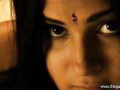 Tajemnicza Indyjska Kobieta Z Azji
