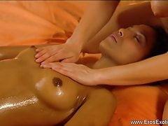 Lesbian Lover Massage den ganzen Weg