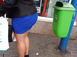 French Voyeur Outdoor video: Upskirt mature
