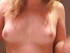 Bella ragazza cicciottella