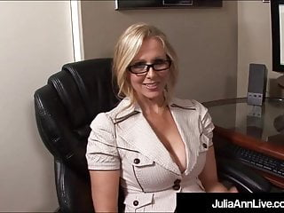Cumshots Blondes Pov video: Hot Office Milf Julia Ann Gets A Big Load Of Cum On Her Face