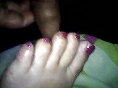 femme rose orteils éjac