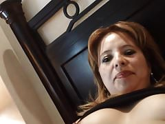 AmatorskieLatina MILF Fingered