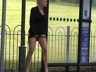 Bus,Outdoor,Peeing,Pissing,Skirt,Upskirt,Voyeur
