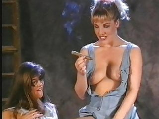 Lesbian Retro European video: Cigar girls