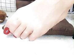 ragazza cinese dei piedi