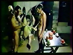 Classic 1984-Orgies en cuir noir - 01