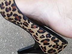 Bellasfinef33t high heels foot play