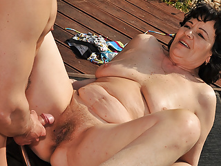 near massaged fucked Chubby and Granny the pool