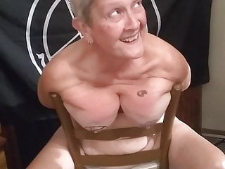 Tit fun on a Sunday