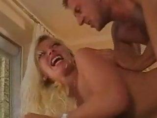 Vivian Schmitt hart anal gefickt