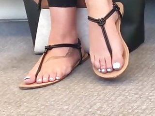 Candid feet uk