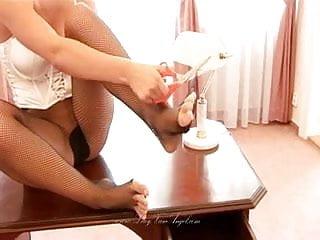 Lucie Mis Pantyhose Masturbation