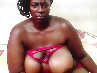 African aunty areolas...