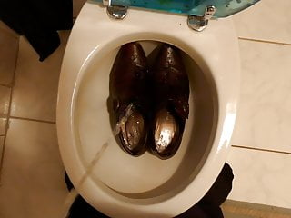 Piss in wifes brown buckle shoes