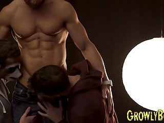 Muscular daddy twink before bareback spi...