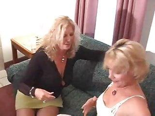 Nagyi leszbikus pornó videókat