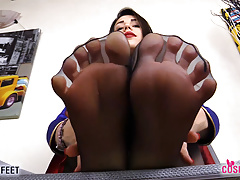 Supergirl Takes Off Boots And Snuffle Feet In Pantyhose