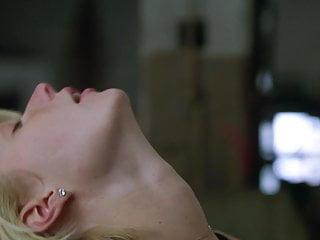 Gwyneth Paltrow - A Perfect Murd3r