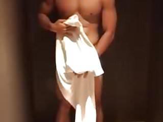 Model photo sho naked...