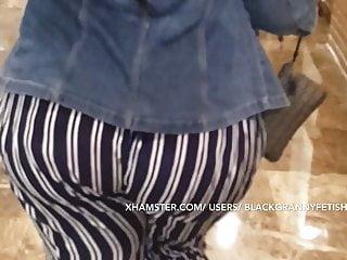 Great Wobbly Ass Ebony Granny