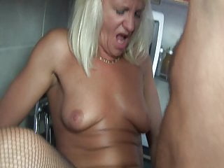 Blonde Blowjob movie: +60 grandmas pussy is very wet!