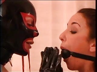 BDSM hottie loves action