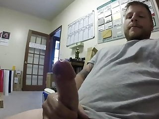 RELAX IN THE OFFICE