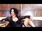 amateur women masterbating on video