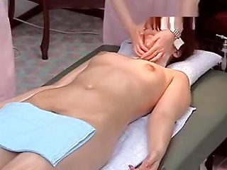 woman nude massage