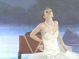 Very Cute Justine Joli aka Swan as Ballerina