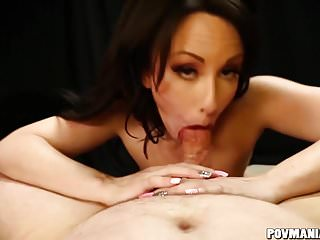 Grimy Jennifer White Sucks Penis